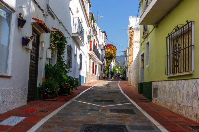 De Marbella a Gibraltar pasando por la aldea Pitufa