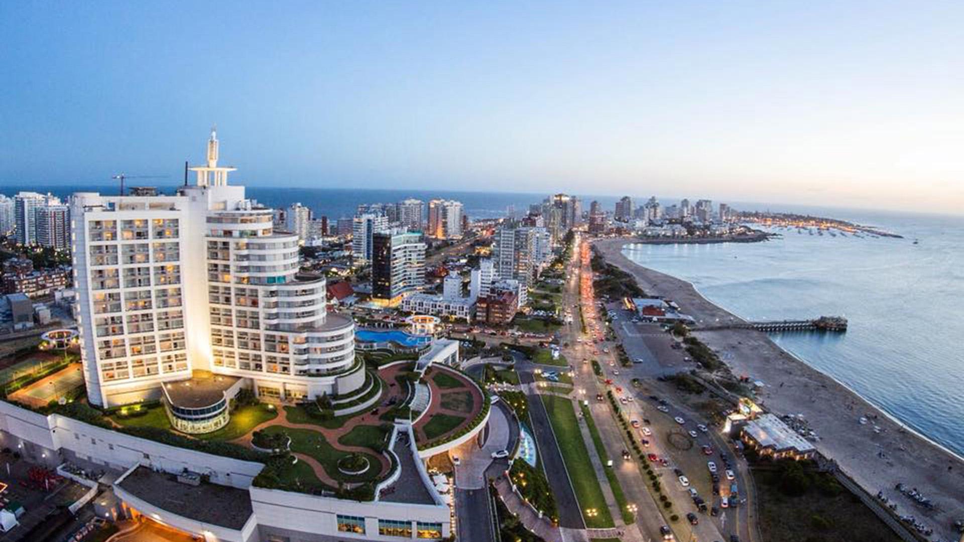 Uruguay piensa abrir fronteras al turismo: qué requisitos pedirá para viajar